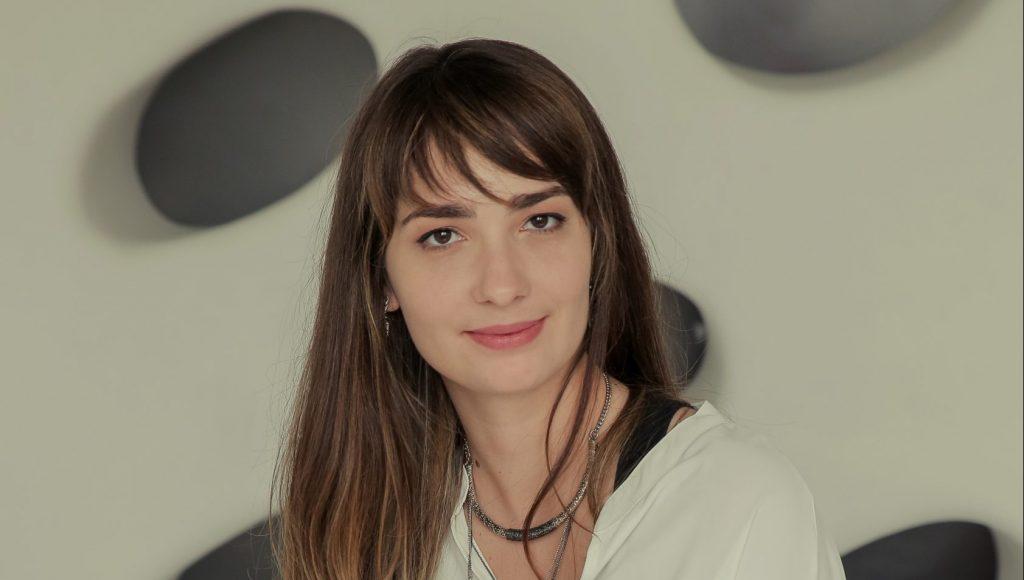 Марія Крикунова, Daxx: Досягає успiху той, хто легко адаптується